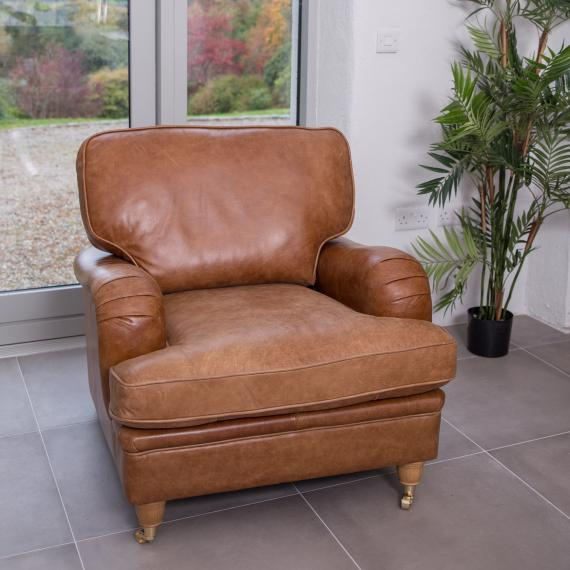 Balmoral armchair brown leather