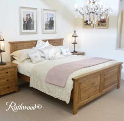Fitzwilliam oak panel 6ft bed