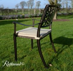 Lyon 6 seater round set