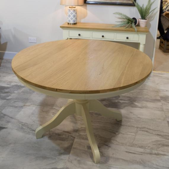 Warehouse clearance bramley 1 7m round dining table