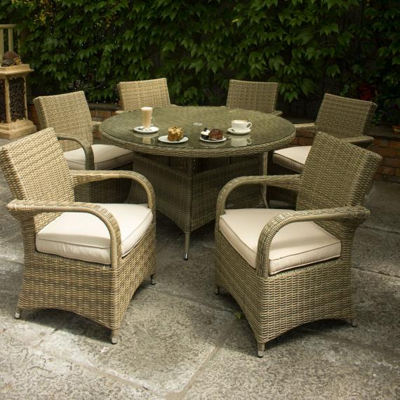 Warehouse clearance chester round 6 seater set