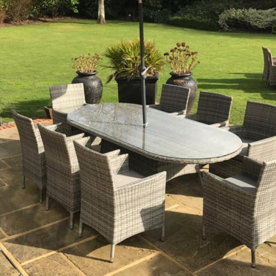 Dumont 8 seater oval set