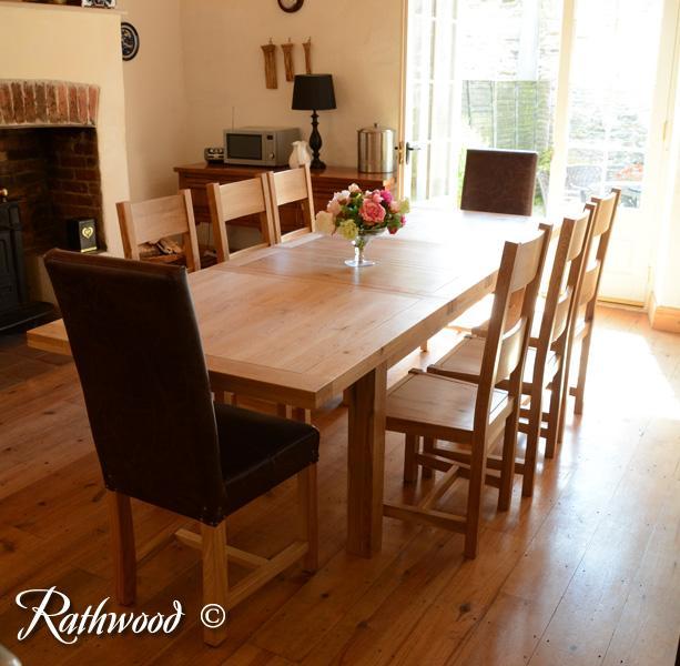 Kingston 6ft Oak Extending Dining Table