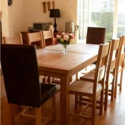 Kingston 6ft oak extending dining table