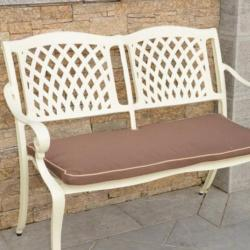 Seafield cream bench